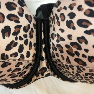 Cacique Intimates & Sleepwear - Cacique Cheetah print bra 46DDD
